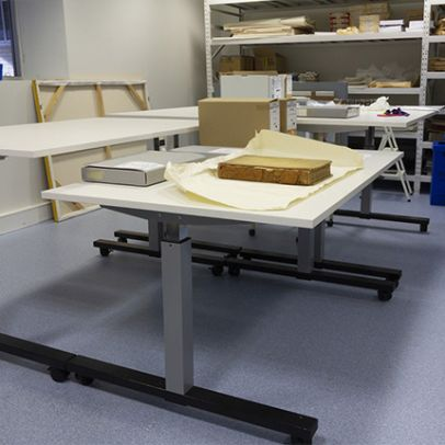 Pneumatic Workbenches